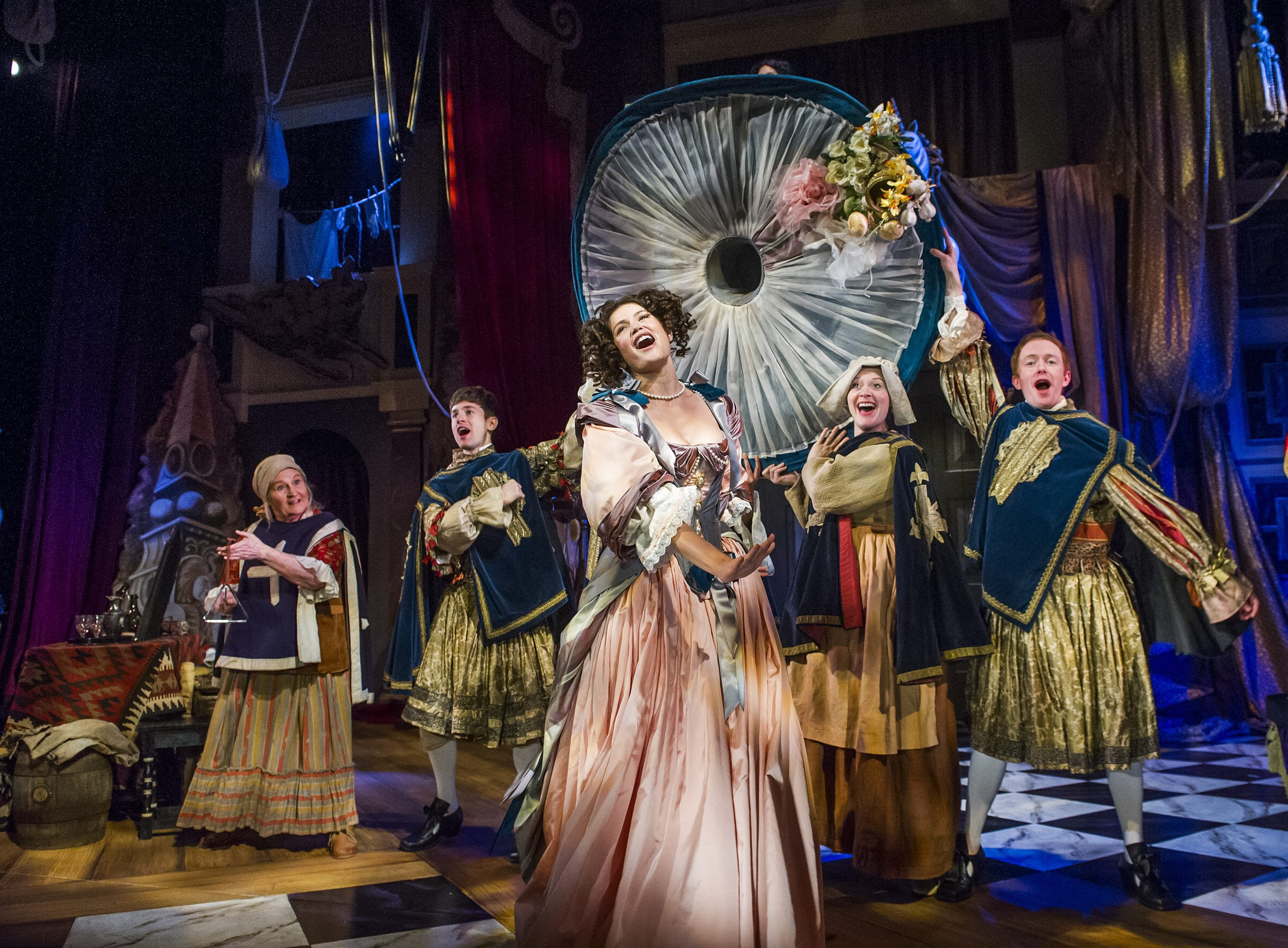 A scene from Nell Gwynn by Jessica Swale @ Apollo Theatre. Directed by Christopher Luscombe. (Opening 12-02-16) ©Tristram Kenton 02/16 (3 Raveley Street, LONDON NW5 2HX TEL 0207 267 5550  Mob 07973 617 355)email: tristram@tristramkenton.com